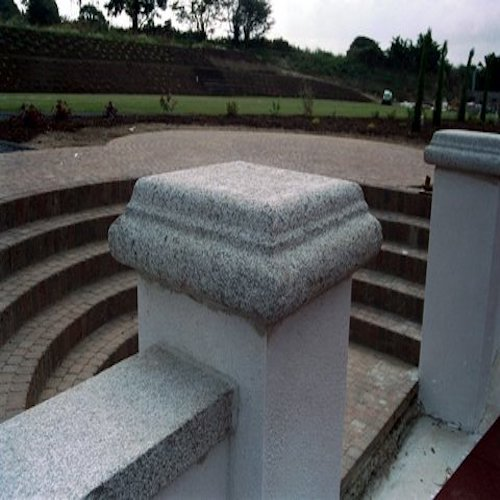 Granite-roundsided-pier-cap-and-flat-wall-capping