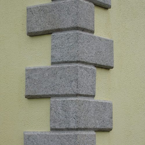 Stone Champhered Quoins supplier exporter Rachana Stones India